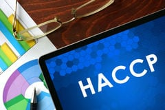 tablet-haccp-table-business-concept-62150176
