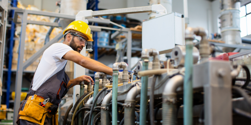 The Labor Shortage in Manufacturing: How to Make Your Plant More Attractive to Workers - blog post feature image